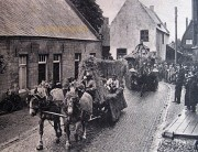 zeumerwekske_oogstfeest_sevenum_1949
